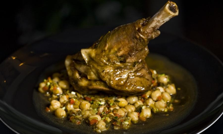 Kuchnia Staropolska Drobiem I Rybami Stoi